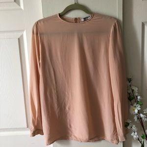 Giorgio Armani100% silk top. Pink size 4